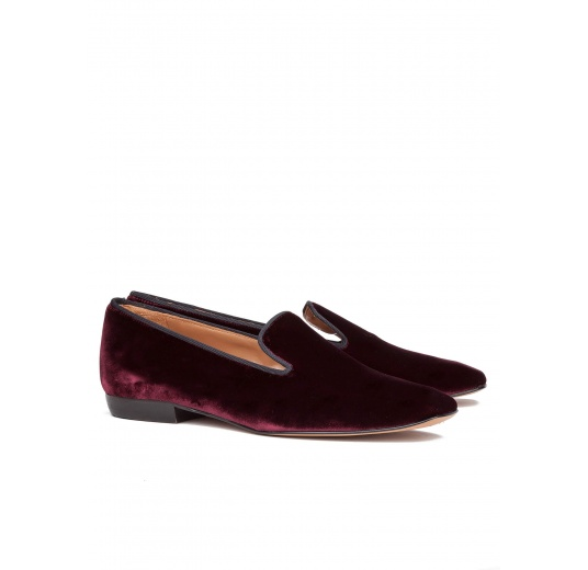 Flat loafers in burgundy velvet Pura L�pez