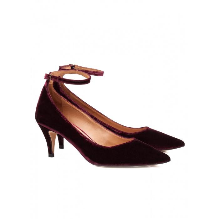 Zapatos de terciopelo con pulsera - tienda de zapatos Pura López