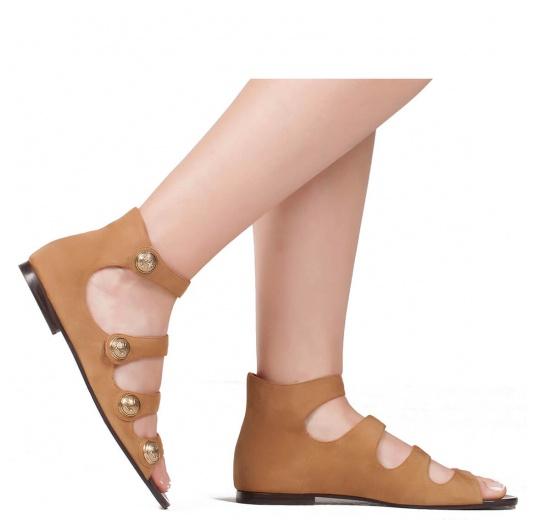 Flat sandals in hazelnut suede Pura L�pez