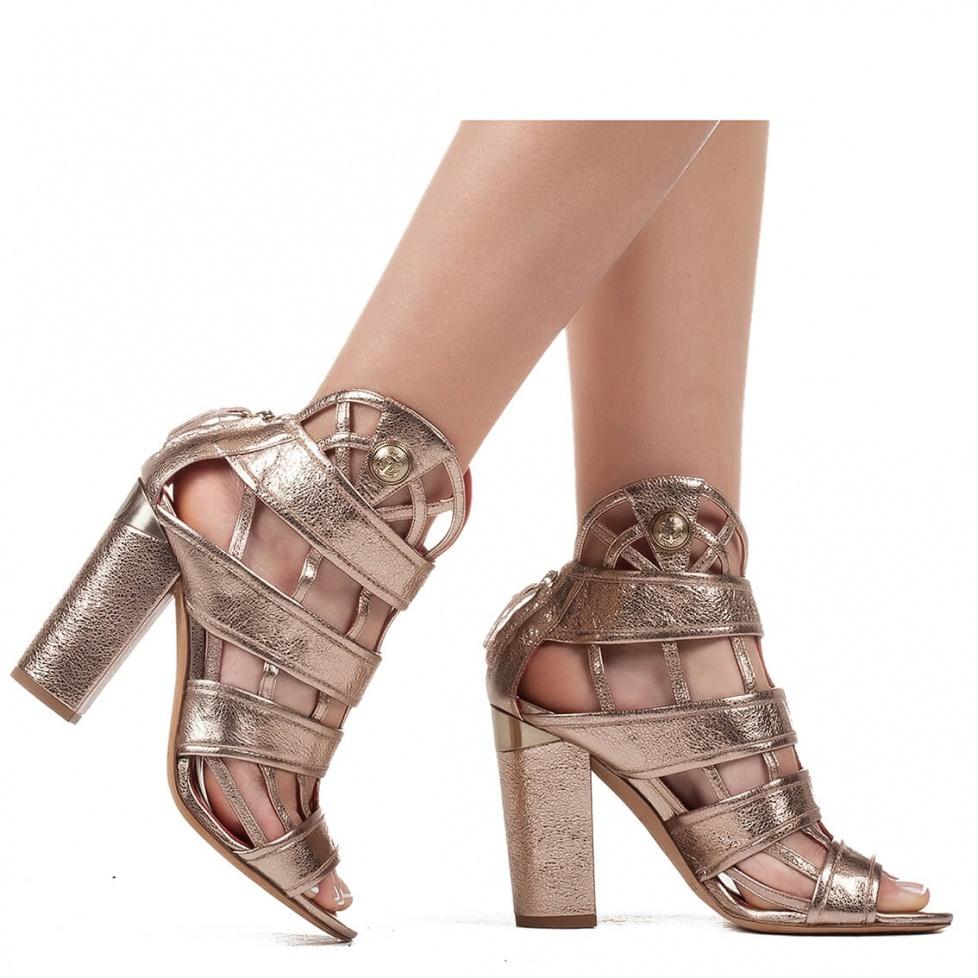Block heel cage sandals in golden leather - shoe store Pura Lopez