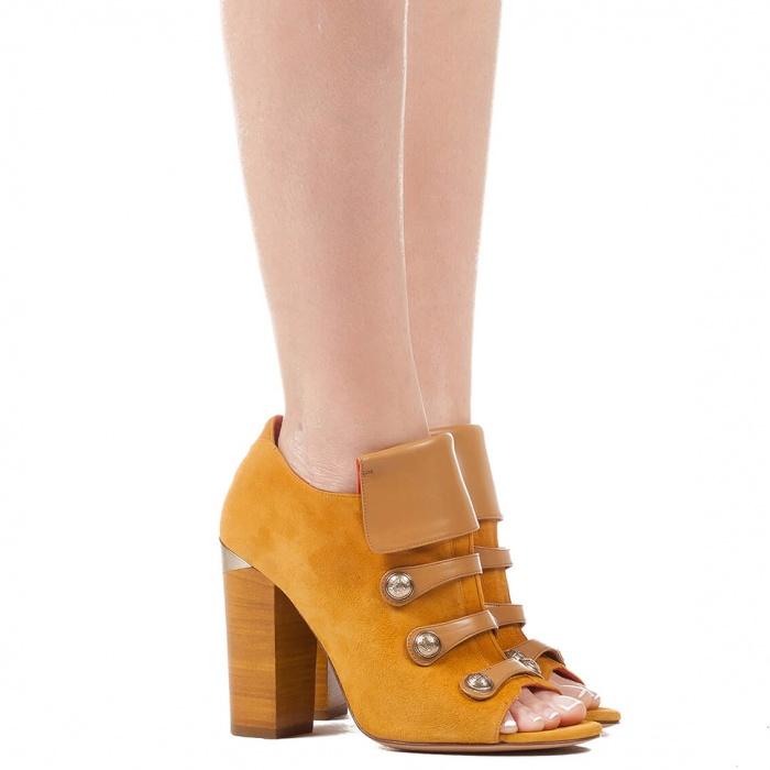 Block heel ankle boot in camel suede - online shoe store Pura Lopez
