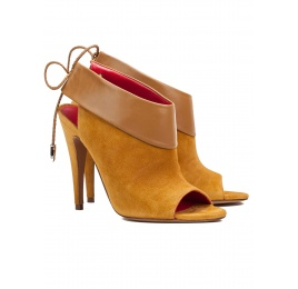 Lace-up high heel sandals in tobacco suede and leather Pura López