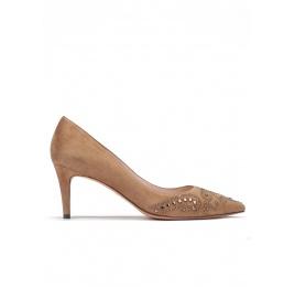 Studded mid heel pumps in camel suede Pura López
