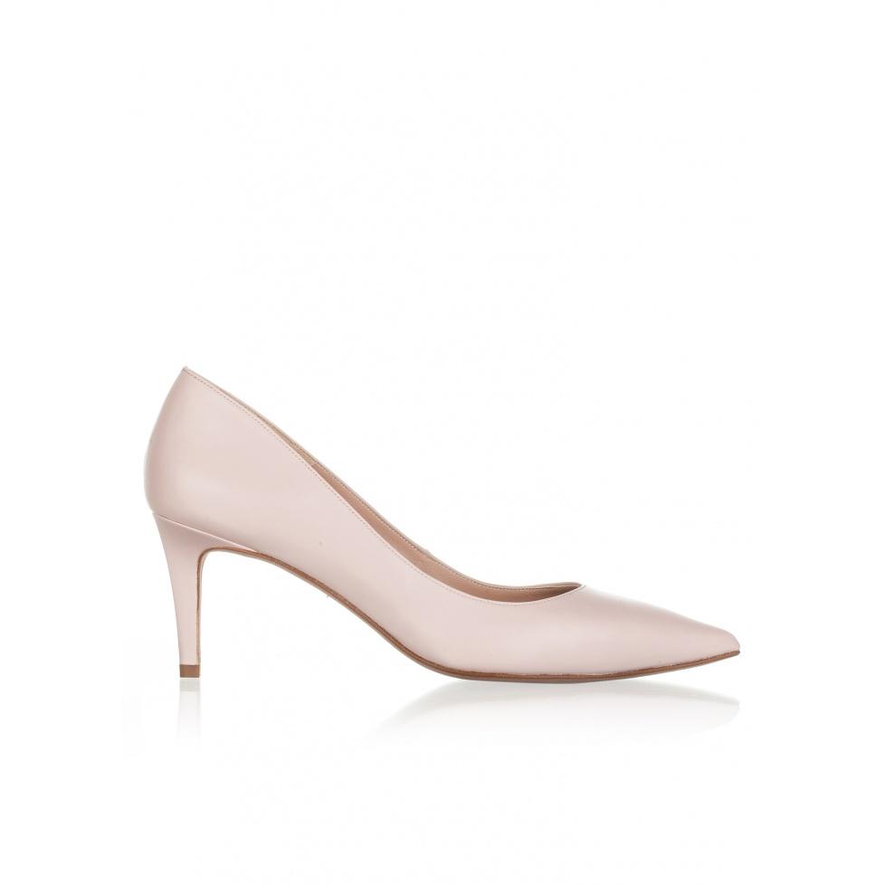 Mid heel pumps in rose quartz leather