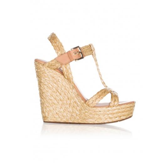 Wedge sandals in natural raffia Pura L�pez