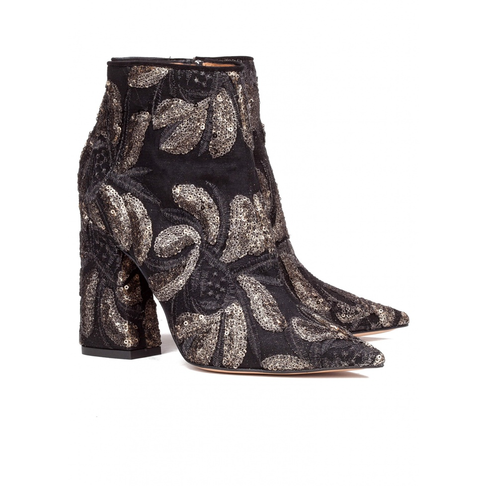 Embroidered block heel ankle boots - online shoe store Pura Lopez