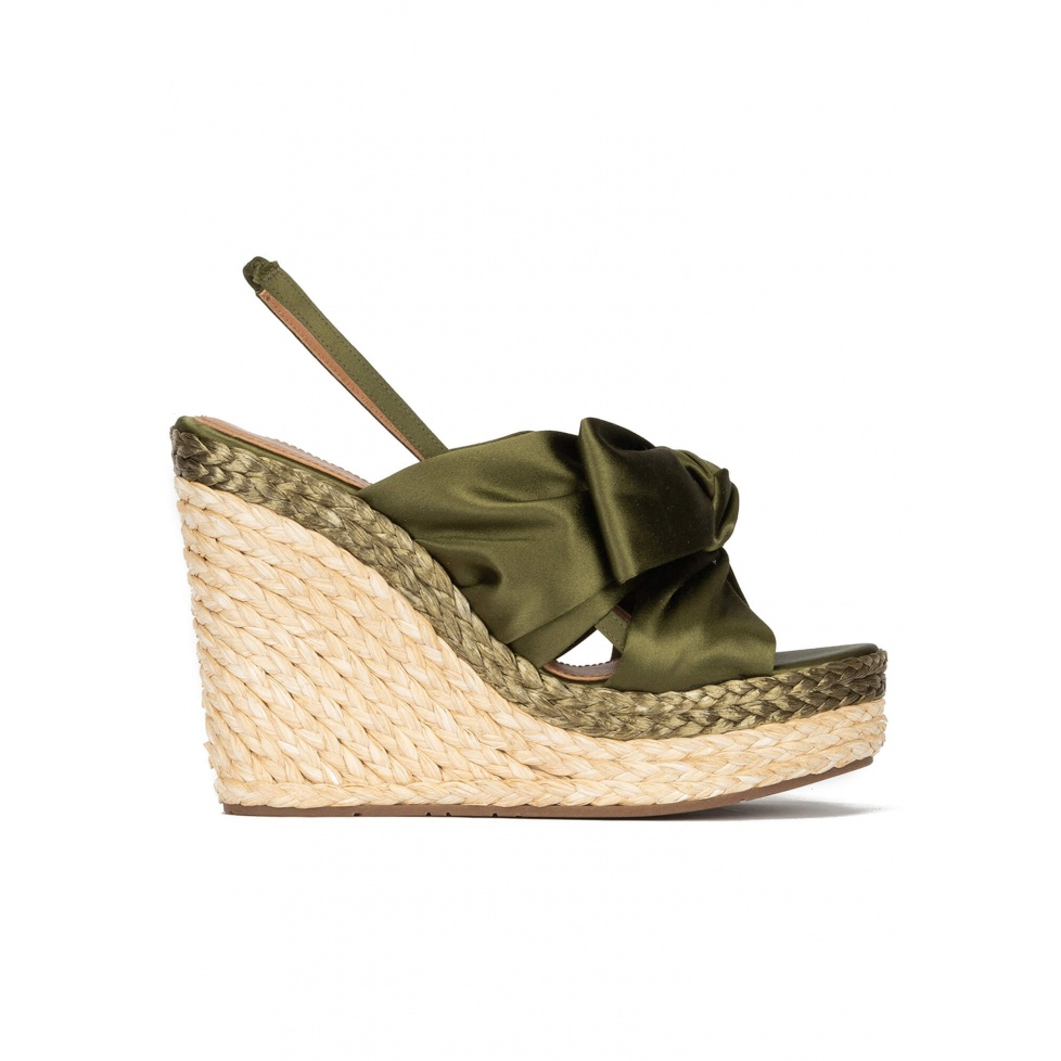 High wedge sandals in khaki green satin