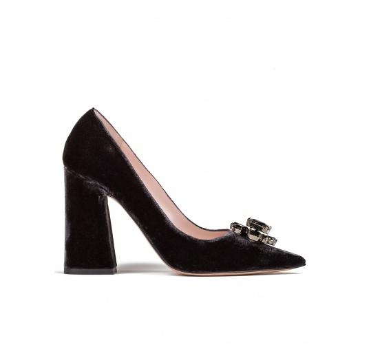 High block heel pumps in grey velvet Pura L�pez