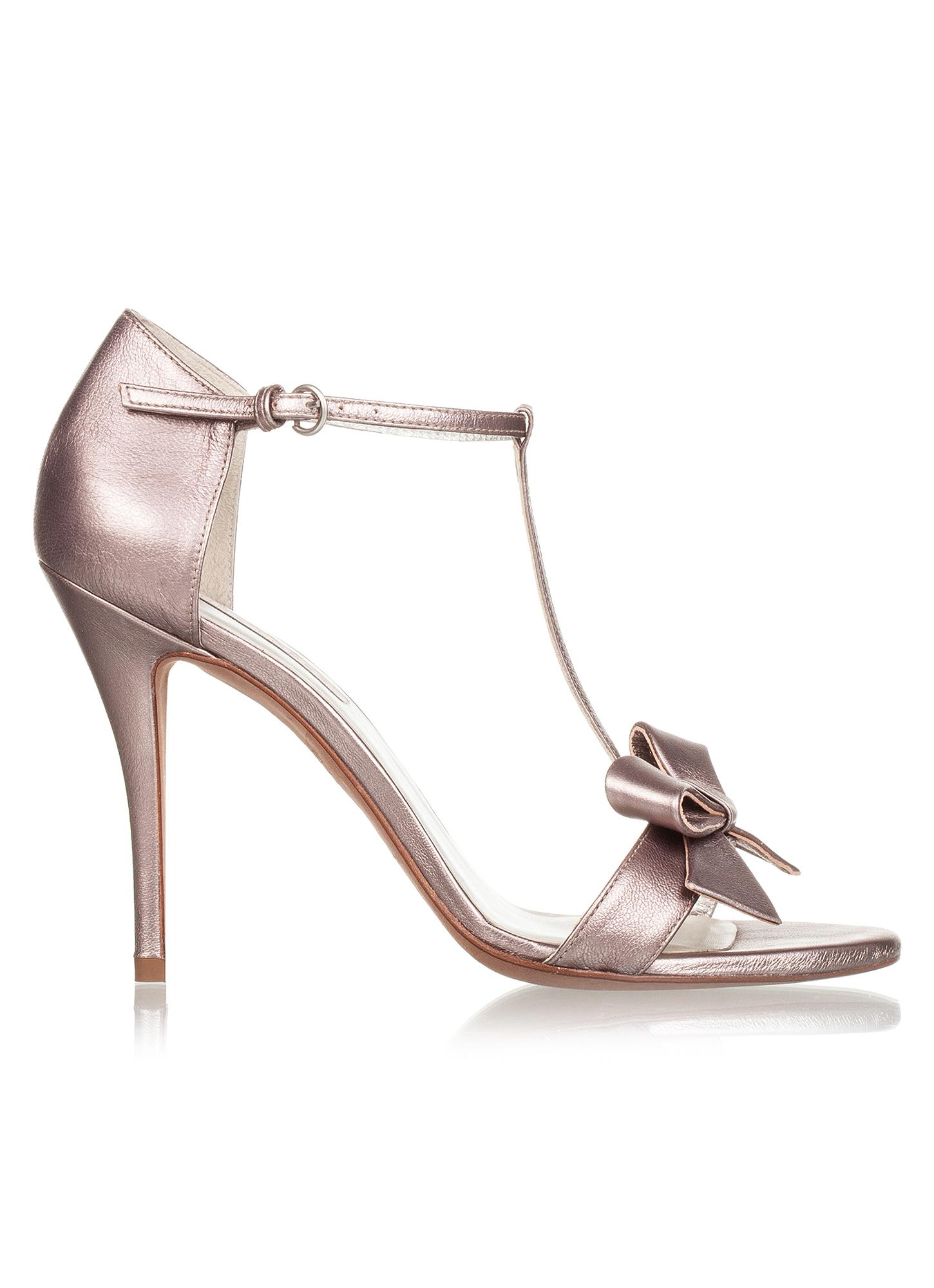 Darla historical Pura López. High heel sandals in metallic leather ...