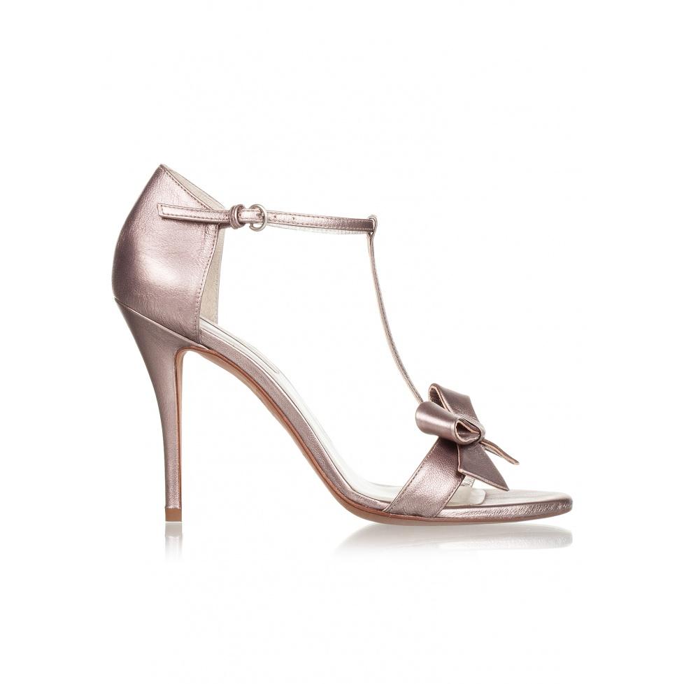 Sandalias de tacón alto en piel metalizada