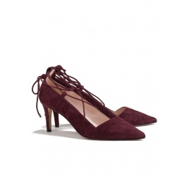 Lace up mid heel pumps in burgundy suede Pura López