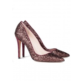 High heel pumps in burgundy glitter Pura López