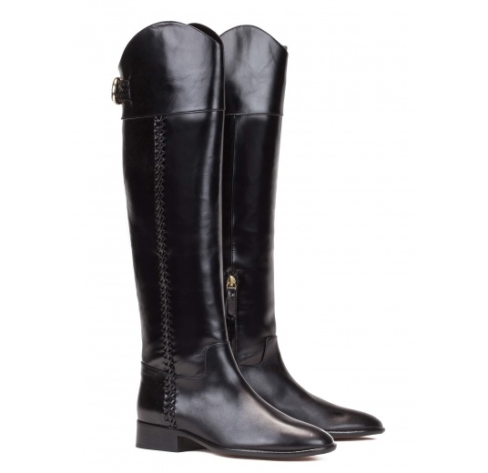 Low heel boots in black leather Pura L�pez