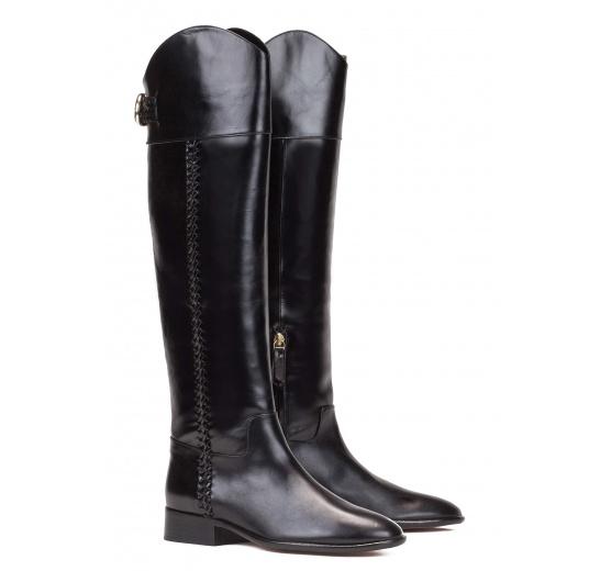 Botas de tacón bajo en piel color negro Pura López