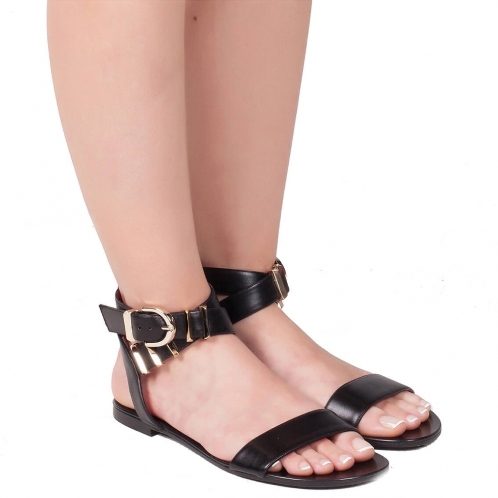 Flat strappy sandal in black leather - online shoe store Pura Lopez