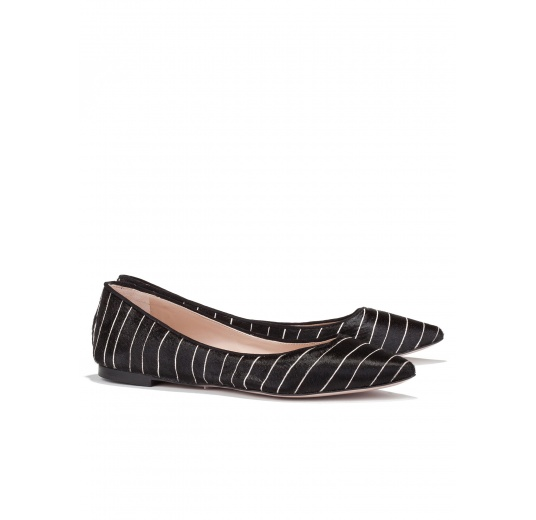 Flat pointed toe shoes in black pinstripe Pura L�pez