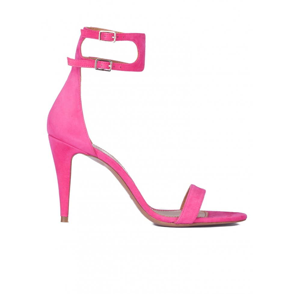 Ankle strap heeled sandals in fuxia suede