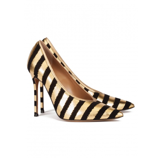 Striped v-cut heeled pumps in black and gold suede Pura L�pez