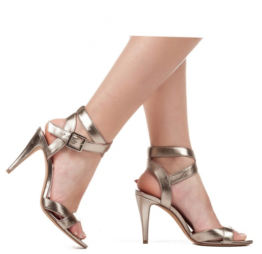Strappy high heel sandals in platin metallic leather Pura L�pez