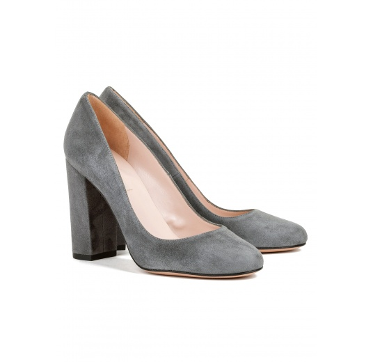 Block high heel pumps in grey suede Pura L�pez