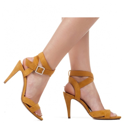 Strappy high heel sandals in tobacco suede Pura L�pez