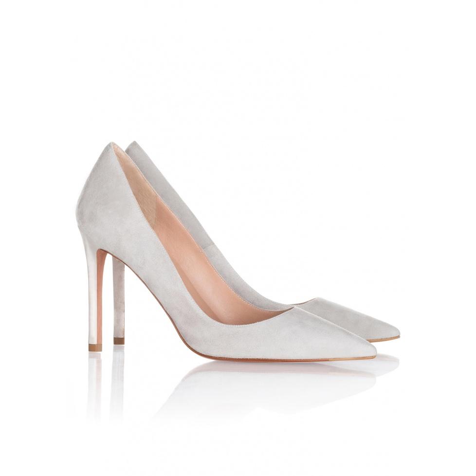 Zapatos de salón en ante gris - tienda de zapatos Pura López