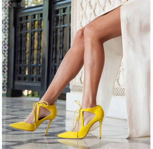 Yellow suede lace-up shoes Pura L�pez