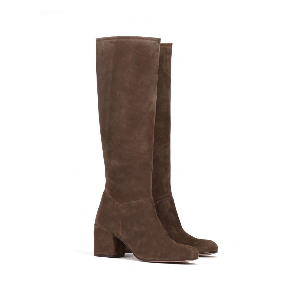Mid heel boots in kaki suede - online shoe store Pura Lopez