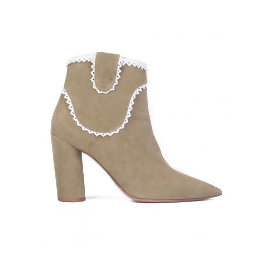 Kaki suede heeled ankle boots Pura L�pez
