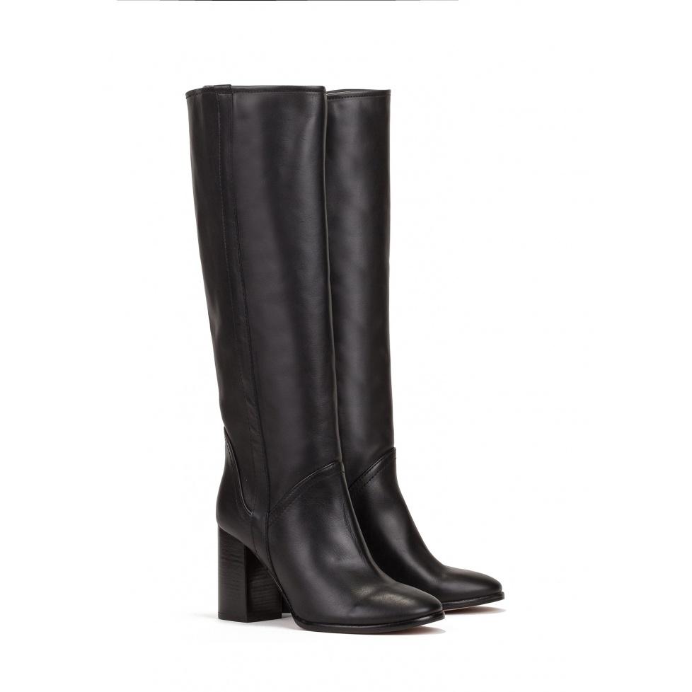 Botas negras de tacón alto en piel - tienda de zapatos Pura López
