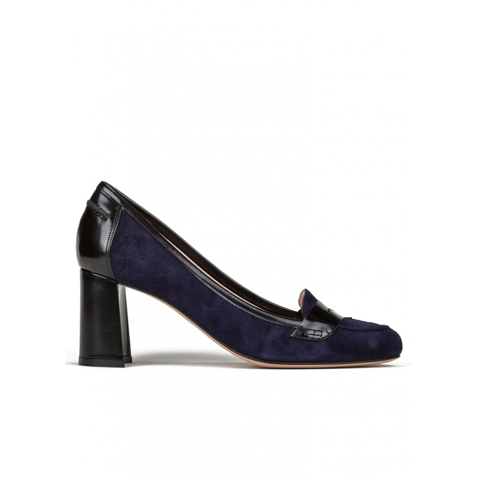 Mid heel shoes in navy blue suede