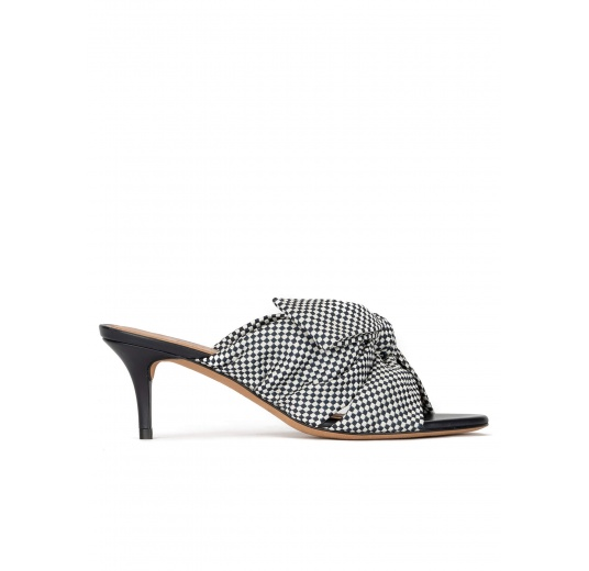 Bow detailed mid heel mules in white and blue checked fabric Pura López