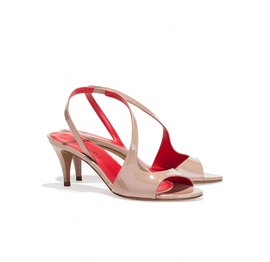 Strappy mid heel sandals in nude patent leather Pura L�pez