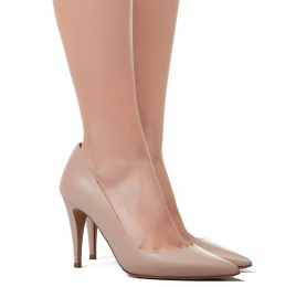 High heel pumps in nude leather Pura López