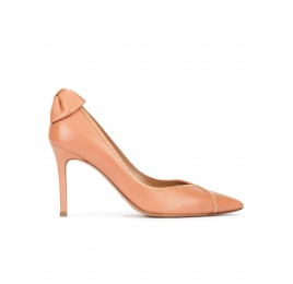 Bow embellished point-toe shoes in old rose leather Pura López