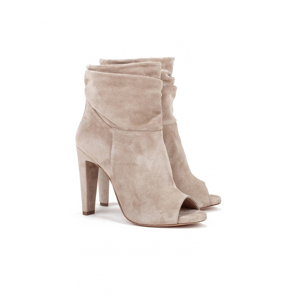 High heel ankle boots in taupe suede - online shoe store Pura Lopez