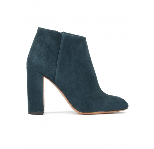 High block heel ankle boots in petrol blue suede Pura L�pez