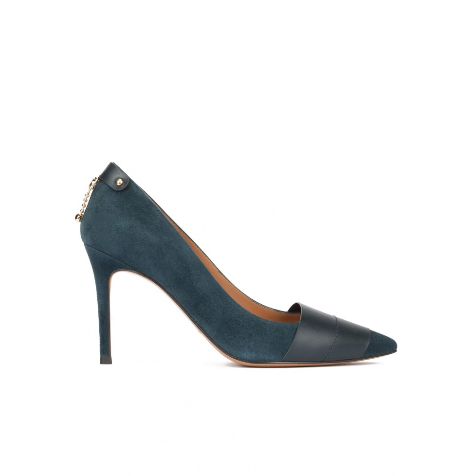 Pointy toe heeled pumps in petrol blue suede and leather