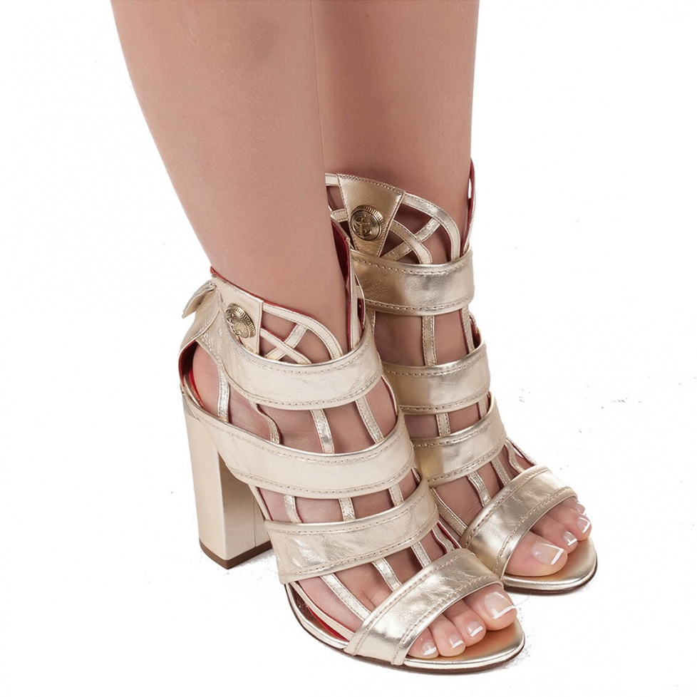 High block heel cage detailed sandals in metallic leather