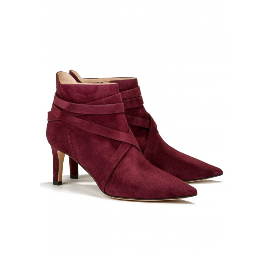 Mid heel ankle boots in burgundy suede Pura L�pez