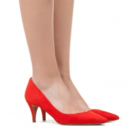 Mid heel pumps in red suede Pura López
