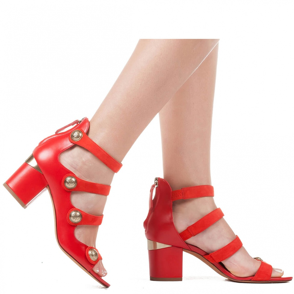 Block heel sandal with metal buttons - online shoe store Pura Lopez