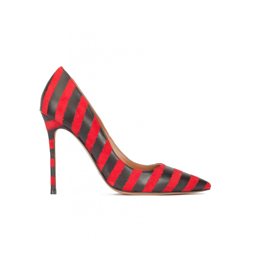 Red-black striped heeled pointy toe pumps