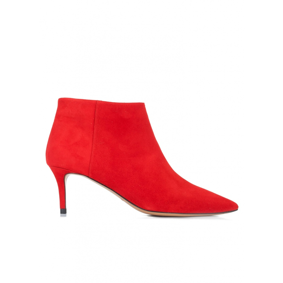 Mid heel ankle boots in red suede