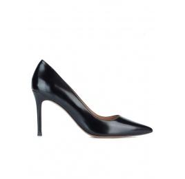 Zapatos de piel negros con tacón de 9 cms Pura López