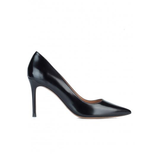 Zapatos de piel negros con tacón de 9 cms Pura L�pez