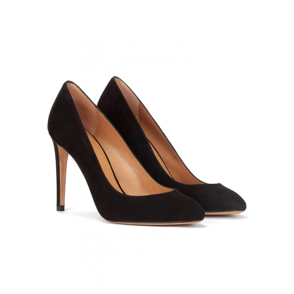 High heel almodn-toe pumps in black suede