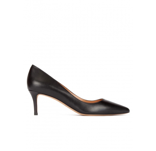 Mid heel pumps in black calf leather Pura L�pez