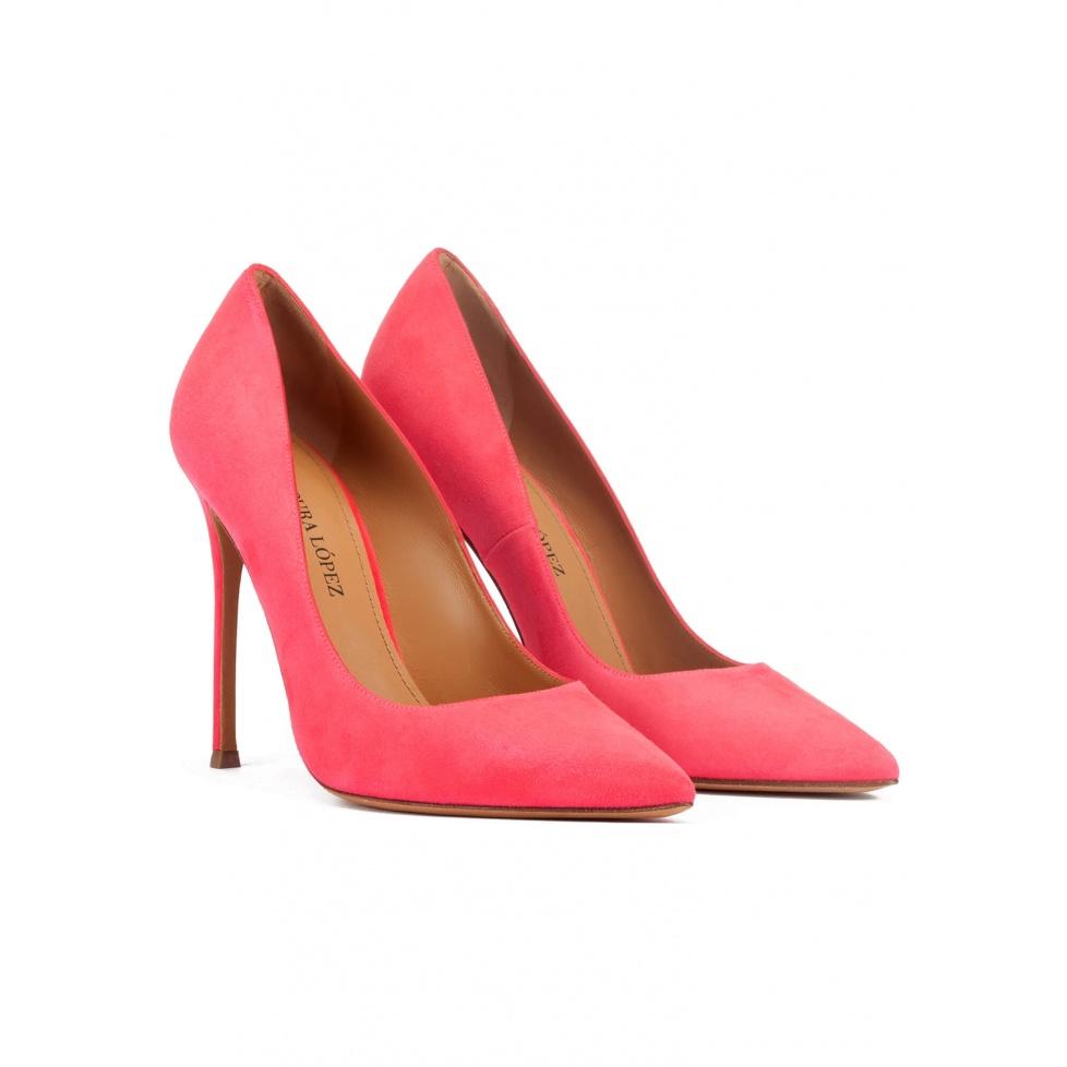 Zapatos de salón con tacón stiletto y punta fina ante rosa