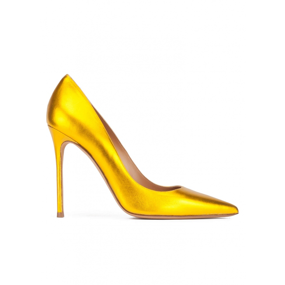 Yellow high heel pointed toe pumps in metallic leather